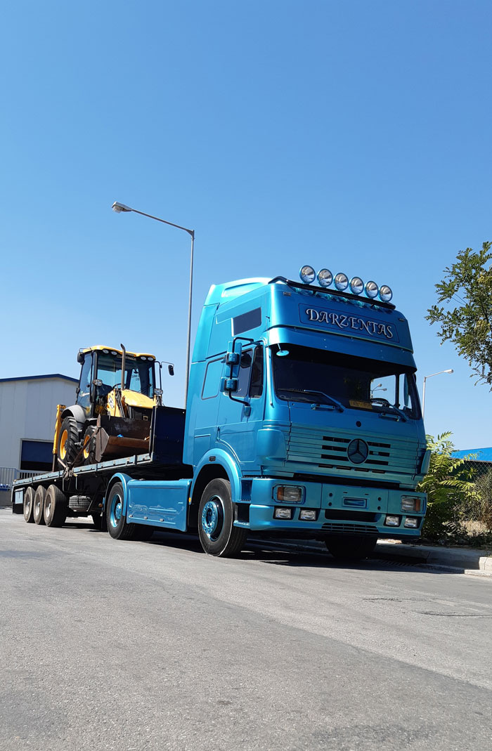 truck carring